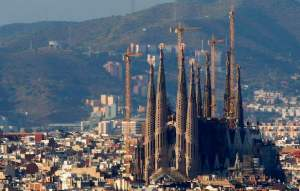 The Basilica towers over all other buildings in Barcelona.