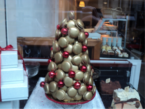 Yes that is a golden trees of delicious macrons, all for you!